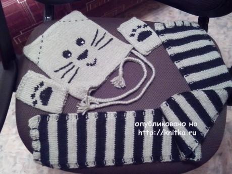 Вязанный спицами комплект Котик: шапка и шарф. Вязание спицами.