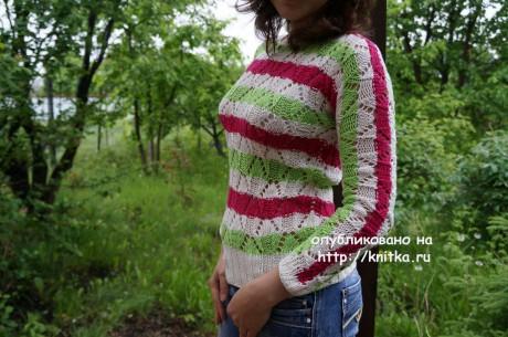 Вязаный весенний свитер. Работа Марии вязание и схемы вязания