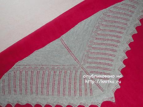Вязаная спицами косынка. Работа Ивановой Светланы вязание и схемы вязания