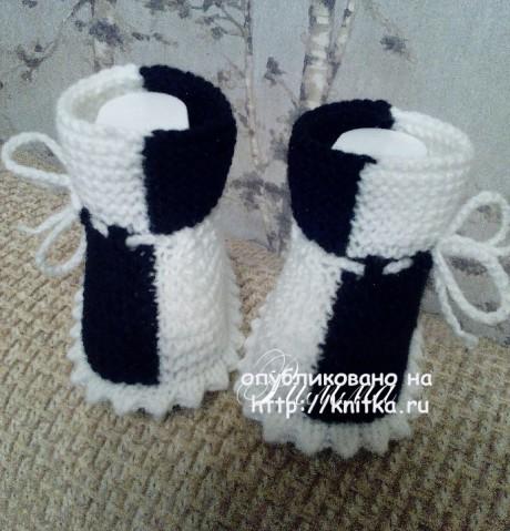 Пинетки Домино. Работа Римма вязание и схемы вязания