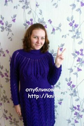 Платье для дочери спицами. Работа Анжелики вязание и схемы вязания