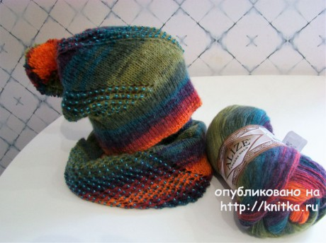 Снуд и шапочка спицами с ажурной дорожкой