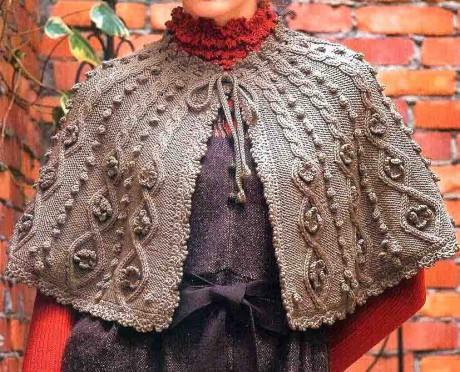 фото вязаной спицами накидки