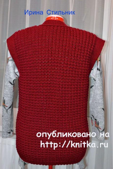 Вязаный спицами женский жилет. Работа Ирины Стильник вязание и схемы вязания