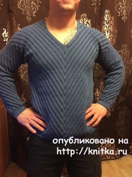 Мужской пуловер спицами. Работа Ольги Ярославской. Вязание спицами.