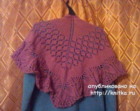 Вязаная спицами шаль. Работа Виктории вязание и схемы вязания