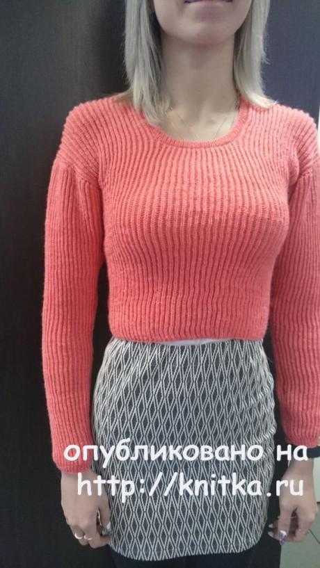 Женский пуловер спицами. Работа Ольги Ярославской вязание и схемы вязания