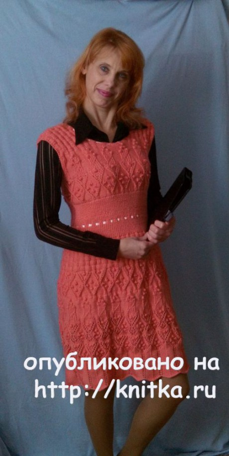 Женское платье спицами. Работа Ирины. Вязание спицами.