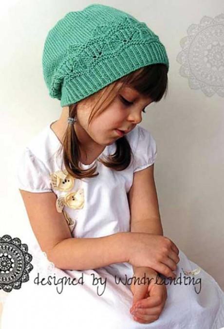 шапка девочке связанная спицами фото