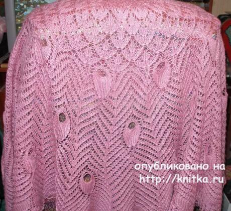 Ажурная шаль спицами. Работа Елены вязание и схемы вязания