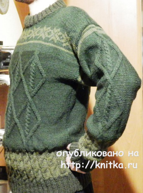 Мужской джемпер спицами. Работа Елены Мерцаловой. Вязание спицами.
