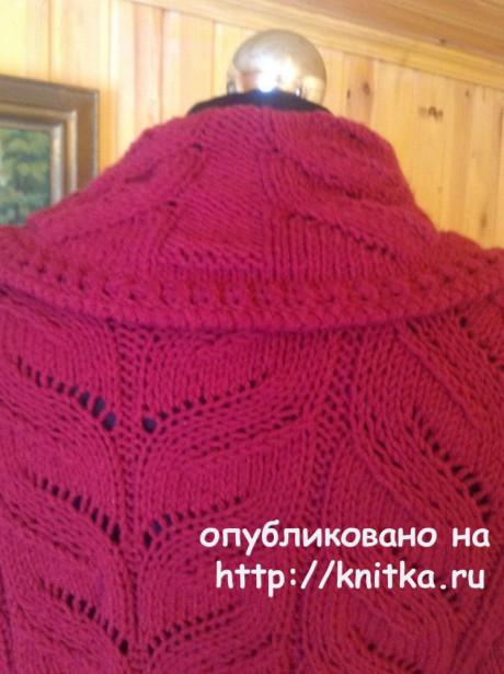 Вязаное спицами пальто. Работа Петровой Виктории вязание и схемы вязания