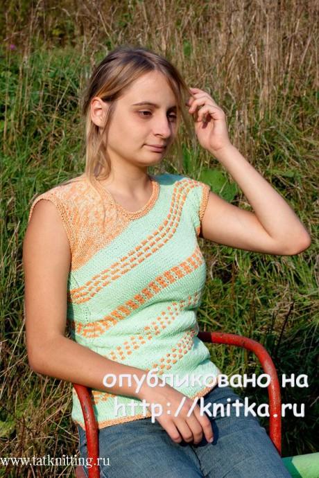 Зеленый топ с ленивыми узорами. Работа Татьяны Родионовой. Вязание спицами.