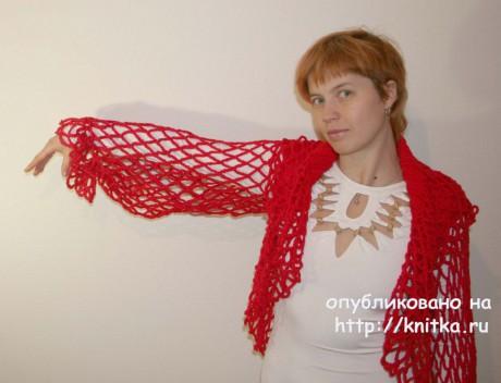 Красное болеро с капюшоном. Вязание спицами и крючком. Вязание спицами.