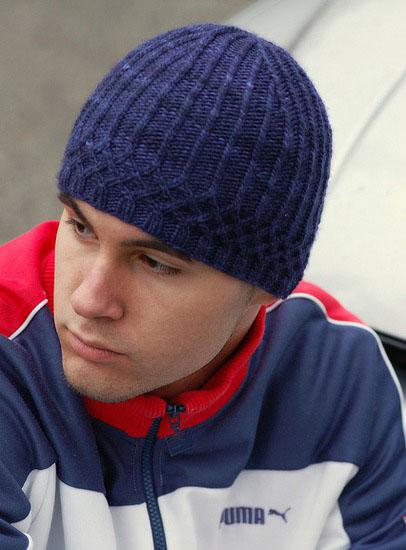 фото вязаной мужской шапки
