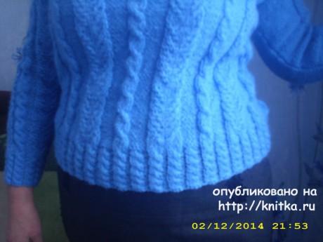 Женский свитер спицами. Работа Лидии Климович вязание и схемы вязания