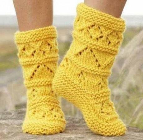 Желтые носки спицами. Вязание спицами.