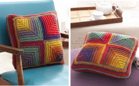 цветная подушка спицами фото