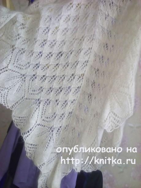 Шаль Харуни спицами. Работа Раушании Уметбаевой вязание и схемы вязания
