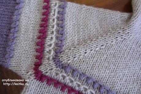 Свитер для девочки спицами. Работа Наталии Левиной вязание и схемы вязания