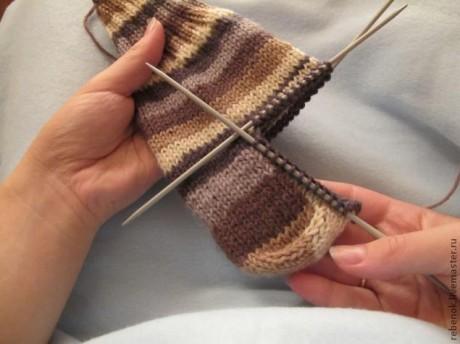 Как легко и просто связать пятку для носков (для начинающих)