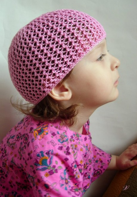 Ажурная шапочка - берет для девочки