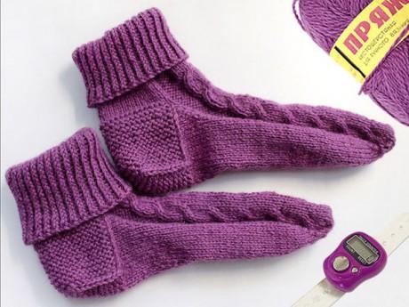 Как связать носки без шва на круговых спицах для начинающих