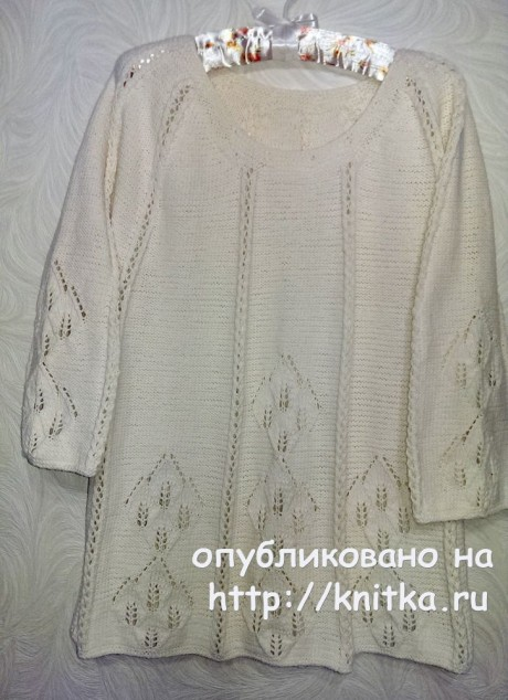 Женский пуловер спицами. Работа Эвелины Никандровой. Вязание спицами.