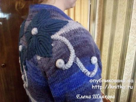 Женское пальто спицами. Работа Елены Шляковой вязание и схемы вязания
