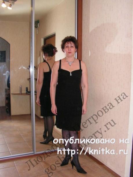 Сарафан и платье для женщин спицами по одной схеме