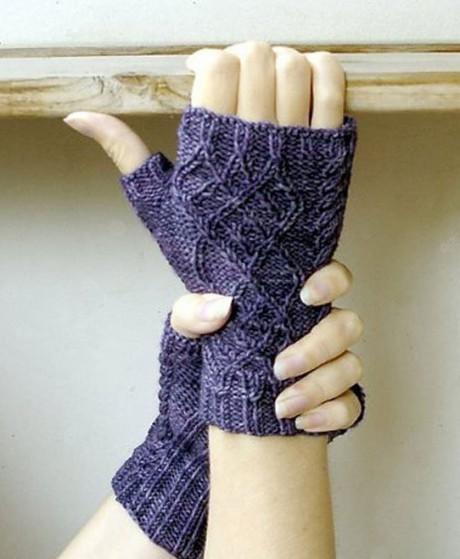 Перчатки без пальцев спицами
