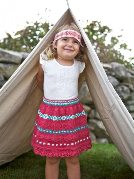 Расклешенная юбка для девочки спицами
