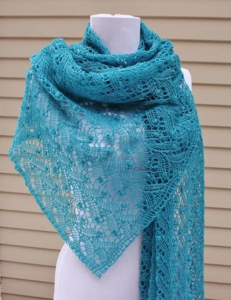 Бирюзовый шарф с ажурным узором
