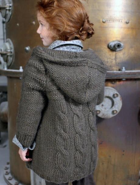 Пальто для девочки спицами из Phildar
