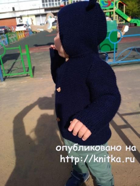 Детская кофта с ушками на пуговицах. Работа Надежды Поповой вязание и схемы вязания