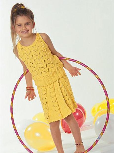 Ажурная юбка и топ для девочки спицами