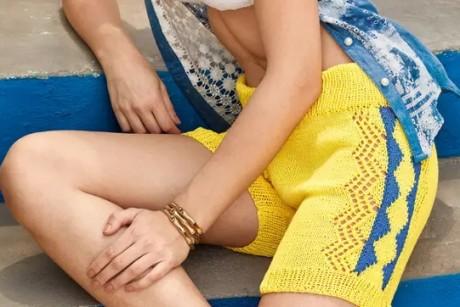 Желтые летние шорты спицами