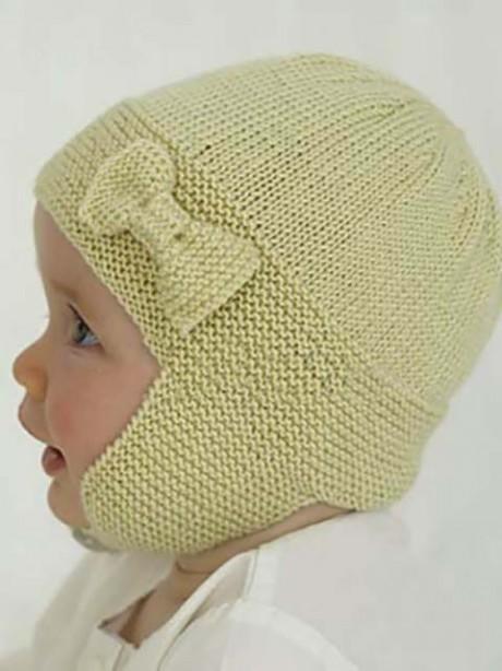 Как связать шапочку для малыша с бантиком