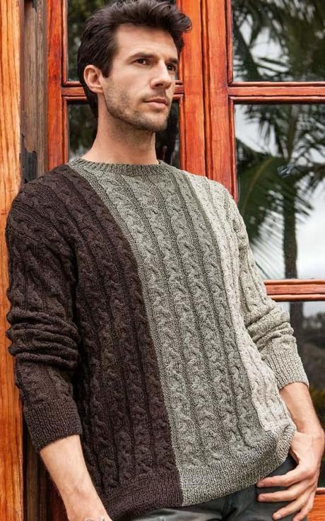 Трехцветный свитер мужской связанный спицами