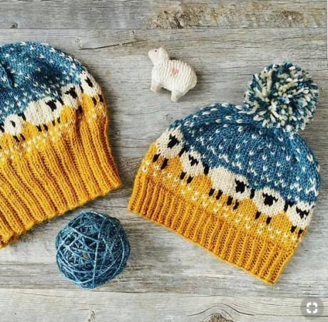 Шапка с овечками или baa ble hat от Донны Смит. Вязание спицами.