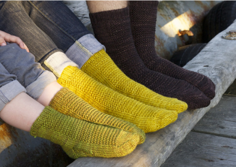 Knitting socks RYE for the whole family