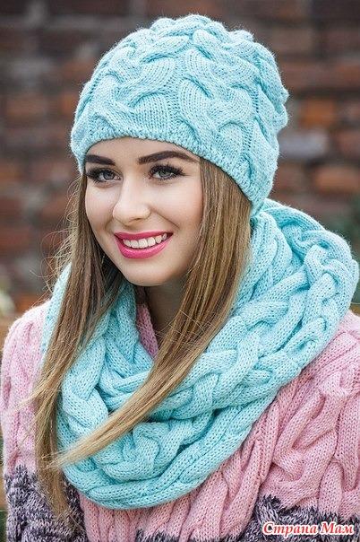 Он-лайн вязание шапки с косами