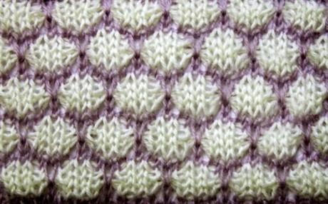 Второй вариант двухцветного узора Соты