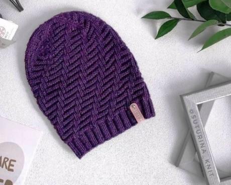 Женская шапочка из шерсти и хлопка, связана спицами 0