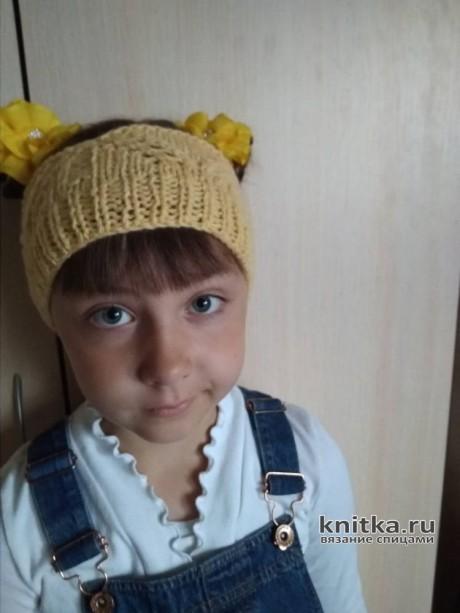 Вязаная повязка - корона для девочки. Работа Валерии. Вязание спицами.