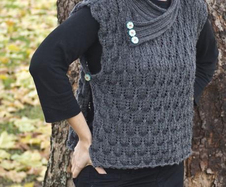 Женская безрукавка из шерсти, вязание спицами
