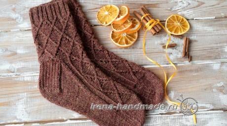 Ажурные носки спицами Корица, бесплатное описание. Вязание спицами.