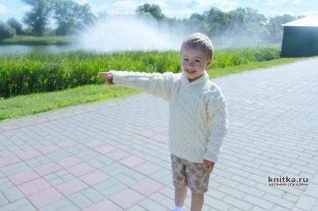 Джемпер с аранскими косами для мальчика. Работа Светланы Лосевой вязание и схемы вязания