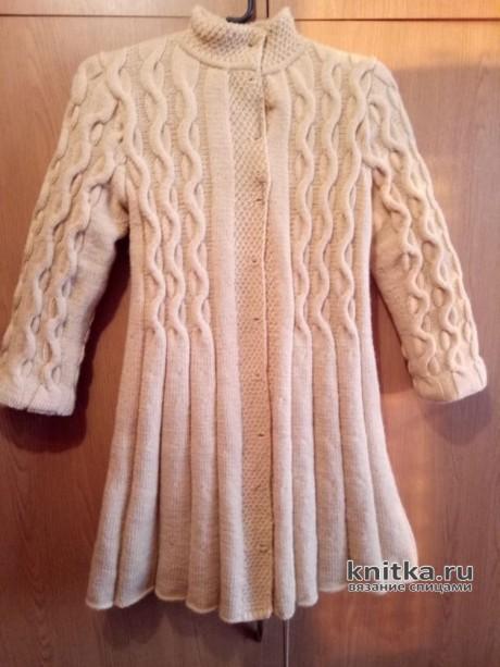 Вязаное пальто для девочки 6-7 лет. Работа Ольги. Вязание спицами.