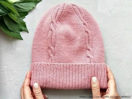 Женская шапочка спицами, бесплатное описание 1